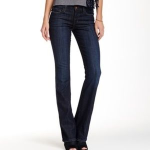 "Joe's Jeans honey curvy bootcut Jean 30.5"" insm"
